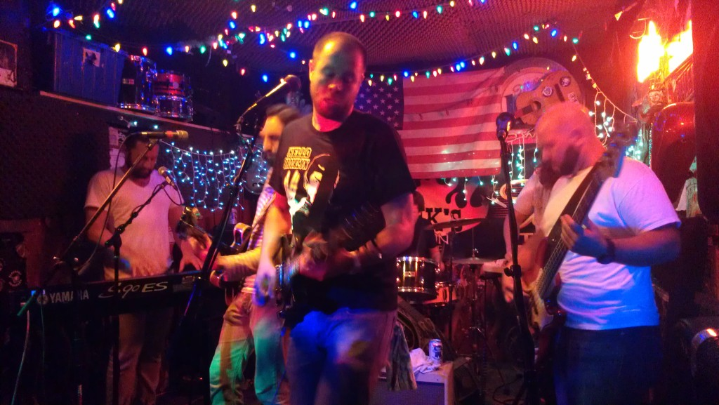 Mike Deminico leads Bernardo at Hank's Saloon.