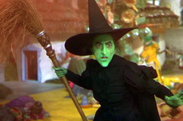 PEOPLE ONLY Wicked Witch in The Wizard Of Oz-1740210