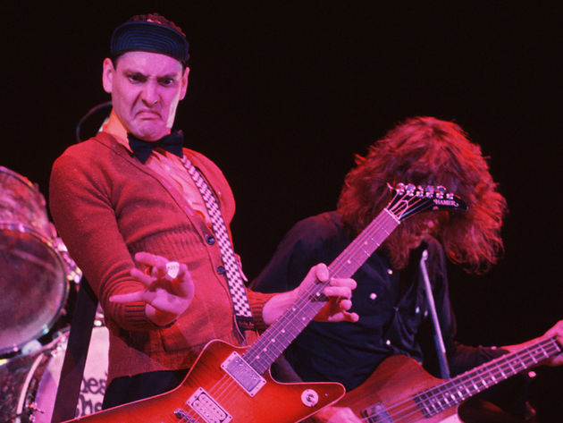 rick-nielsen-with-pick-corbis-630-80