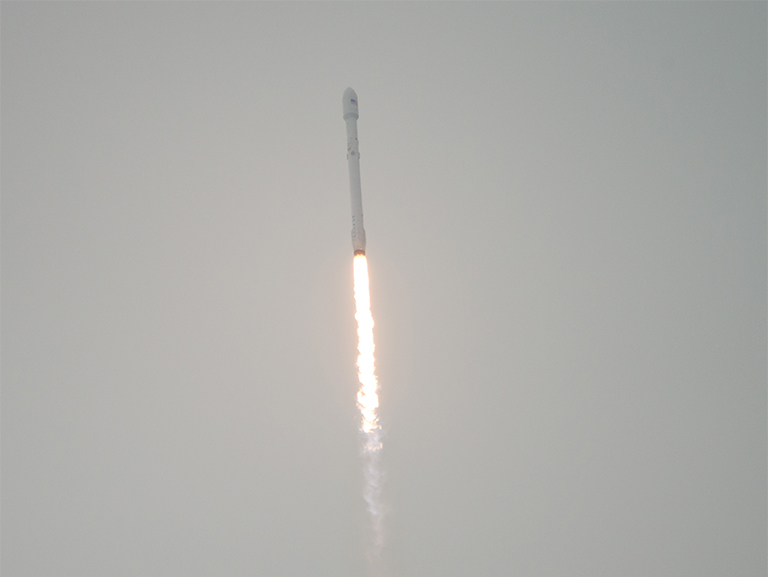 The SpaceX Falcon 9 rocket is seen as it launches from Vandenberg Air Force Base Space Launch Complex 4 East with the Jason-3 spacecraft onboard, , Sunday, Jan. 17, 2016, Vandenberg Air Force Base, California. Jason-3, an international mission led by the National Oceanic and Atmospheric Administration (NOAA), will help continue U.S.-European satellite measurements of global ocean height changes. Photo Credit: (NASA/Bill Ingalls)