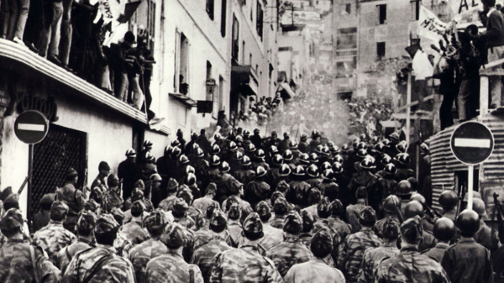 Title: BATTLE OF ALGIERS, THE / BATTAGLIA DI ALGERI, LA • Year: 1965 • Dir: PONTECORVO, GILLO • Ref: BAT020AB • Credit: [ CASBAH/IGOR / THE KOBAL COLLECTION ]